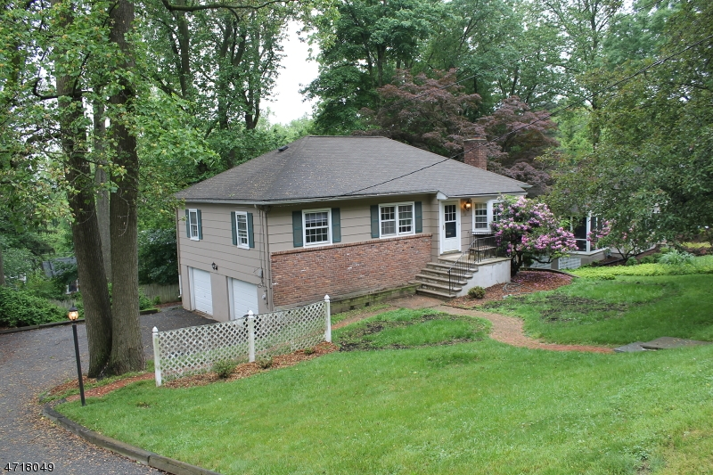 Single Family Home for Rent at 40 Dogwood Road Morris Plains, New Jersey 07950 United States