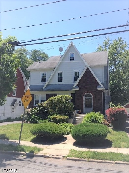 Single Family Home for Rent at 190 Garfield Place Maplewood, New Jersey 07040 United States