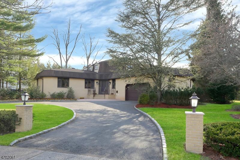 Maison unifamiliale pour l Vente à 65 Ellsworth Ter Glen Rock, New Jersey 07452 États-Unis