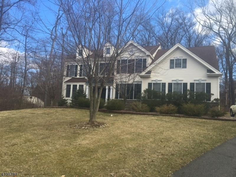 Casa Unifamiliar por un Alquiler en 266 ROUTE 513 Lebanon, Nueva Jersey 08826 Estados Unidos