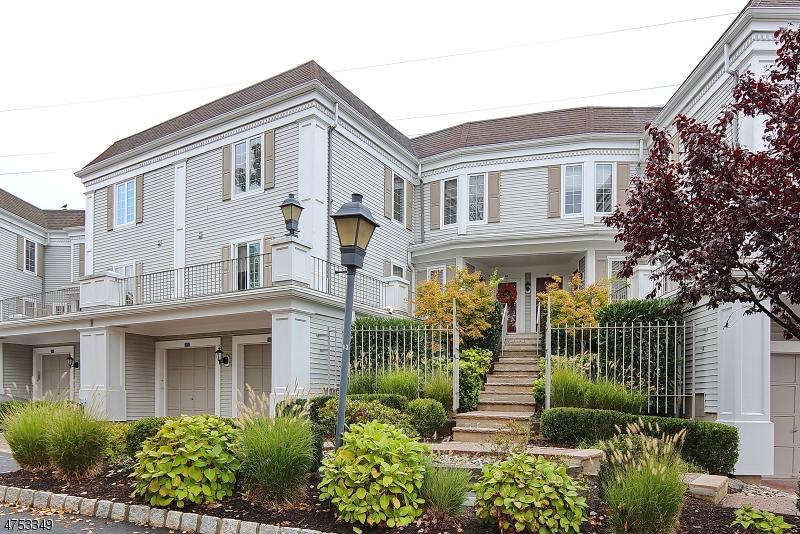 独户住宅 为 销售 在 152 Terrace Drive 查塔姆, 新泽西州 07928 美国