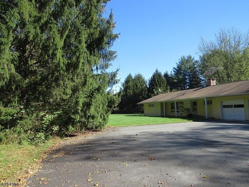 Casa Unifamiliar por un Alquiler en 167 State Route 94 Blairstown, Nueva Jersey 07825 Estados Unidos