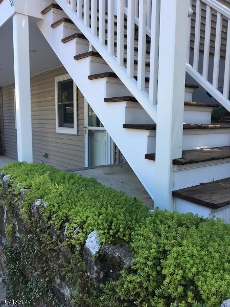 Casa Unifamiliar por un Venta en 109 Main Street Glen Gardner, Nueva Jersey 08826 Estados Unidos