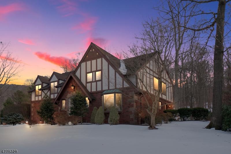 Частный односемейный дом для того Продажа на 36 Cheshire Lane Ringwood, Нью-Джерси 07456 Соединенные Штаты