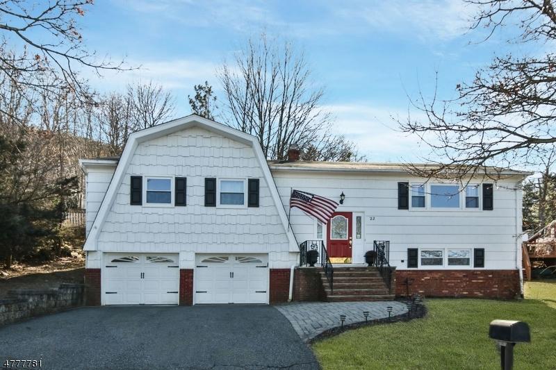 Casa Unifamiliar por un Venta en 22 Borman Drive Wanaque, Nueva Jersey 07465 Estados Unidos