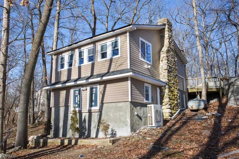 Casa Unifamiliar por un Alquiler en 6 Hickory Trail Byram Township, Nueva Jersey 07821 Estados Unidos