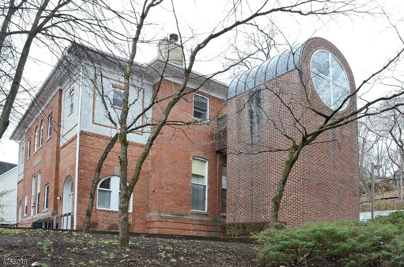 Casa Unifamiliar por un Alquiler en 5 Center Ave, UNIT 10 Morris Township, Nueva Jersey 07960 Estados Unidos