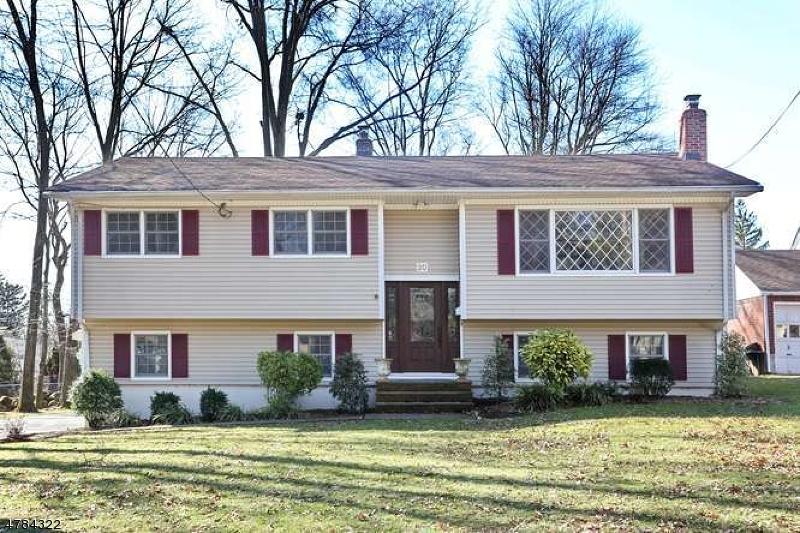 Maison unifamiliale pour l Vente à 20 Cornelia Place Glen Rock, New Jersey 07452 États-Unis