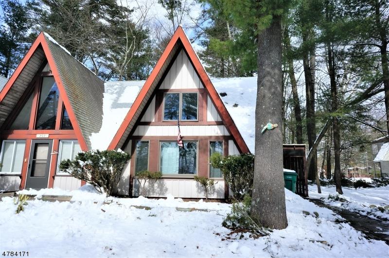 Maison unifamiliale pour l à louer à 207-C Lake Shore North Montague, New Jersey 07827 États-Unis