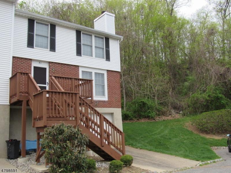 Condo / Townhouse pour l Vente à 51 Cambridge E Oxford, New Jersey 07863 États-Unis