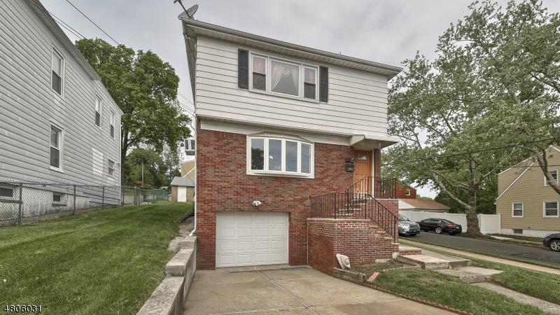 Многосемейный дом для того Продажа на 41 Tilt Street Haledon, Нью-Джерси 07508 Соединенные Штаты
