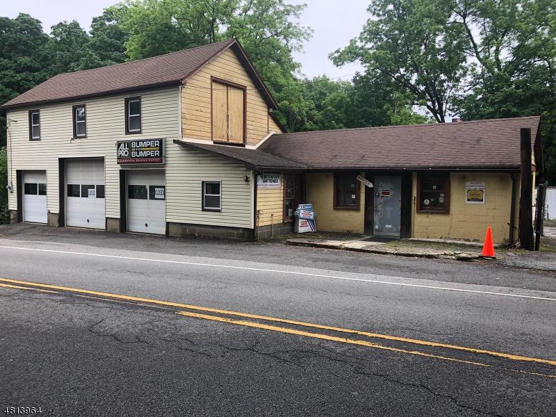 Commercial pour l à louer à 25 25 Old Hackettstown Rd, Allamuchy, New Jersey 07821 États-Unis