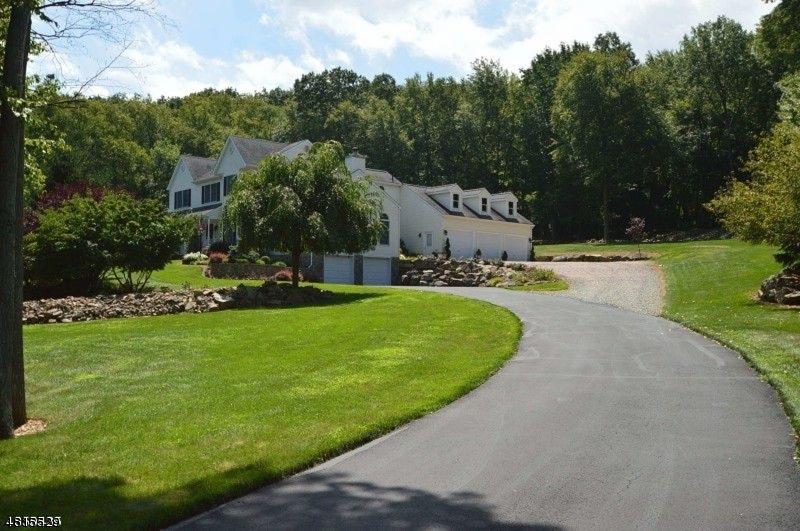 Eensgezinswoning voor Verkoop een t 8 PFAUTH Drive Glen Gardner, New Jersey 08826 Verenigde Staten