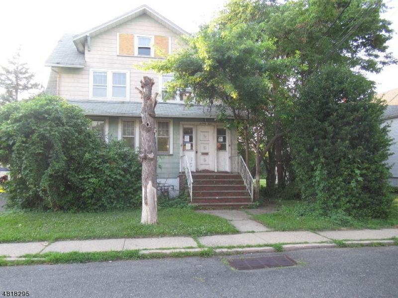 独户住宅 为 销售 在 74 GROVE Little Ferry, 新泽西州 07643 美国