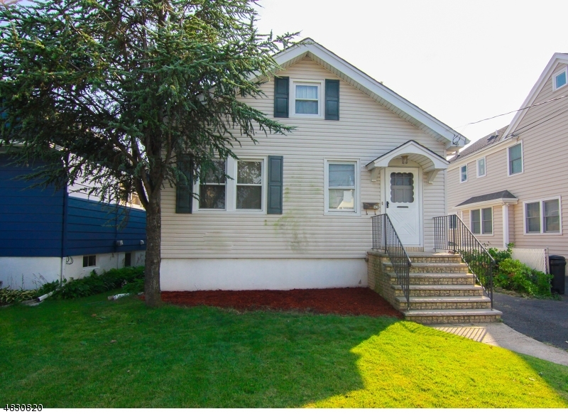 Частный односемейный дом для того Продажа на 396 WOOD-RIDGE Avenue Wood Ridge, Нью-Джерси 07075 Соединенные Штаты