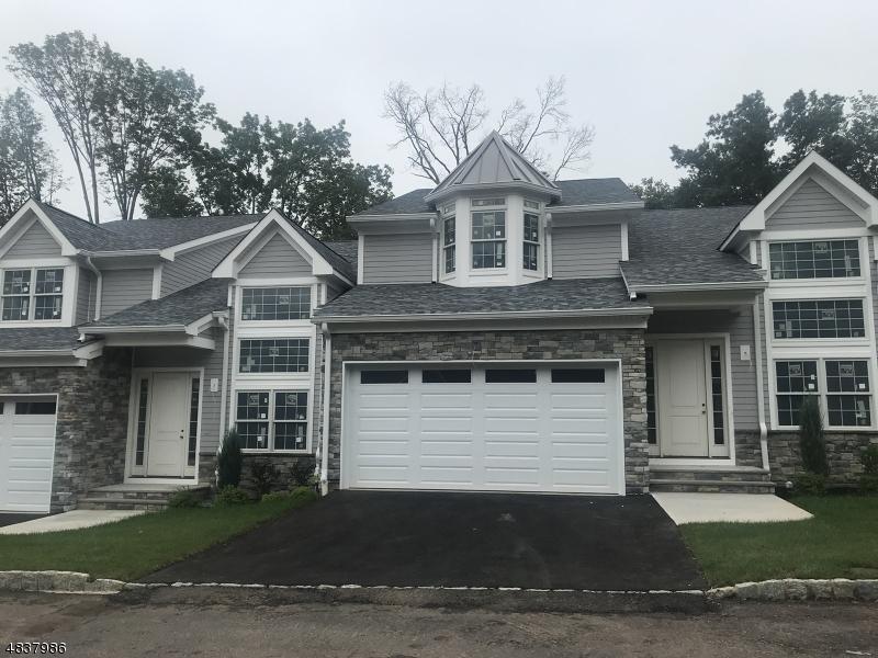 公寓 / 联排别墅 为 销售 在 1496 Alpine Ridge Way Mountainside, 新泽西州 07092 美国