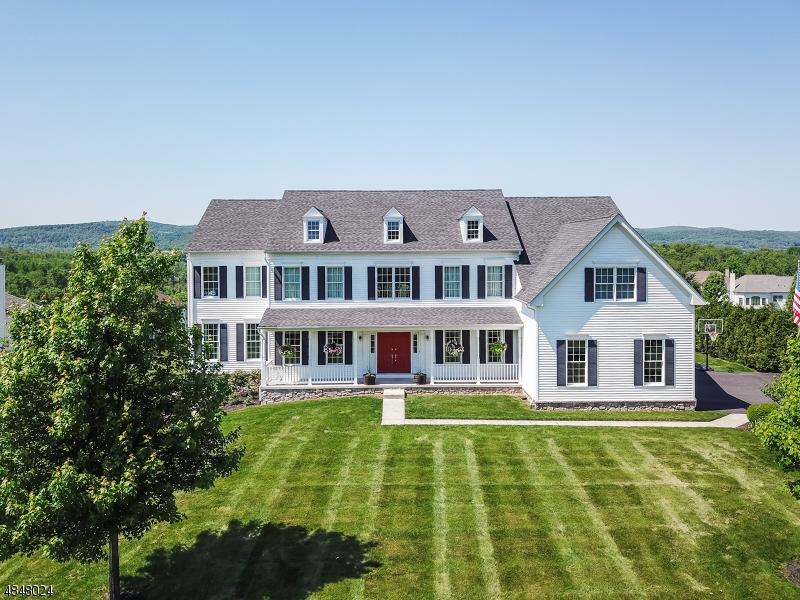 Casa para uma família para Venda às 54 ALBERT Drive Union, Nova Jersey 08809 Estados Unidos