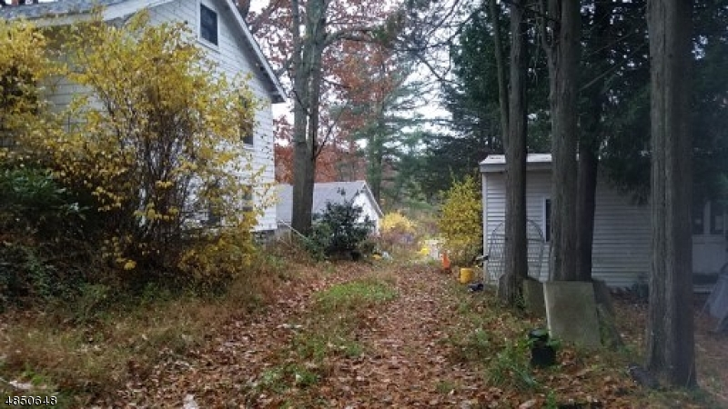 Additional photo for property listing at 1917 MACOPIN Road  West Milford, New Jersey 07480 Hoa Kỳ