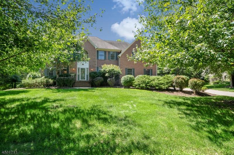Maison unifamiliale pour l à louer à 81 BLACKBURN Road Bernards Township, New Jersey 07920 États-Unis