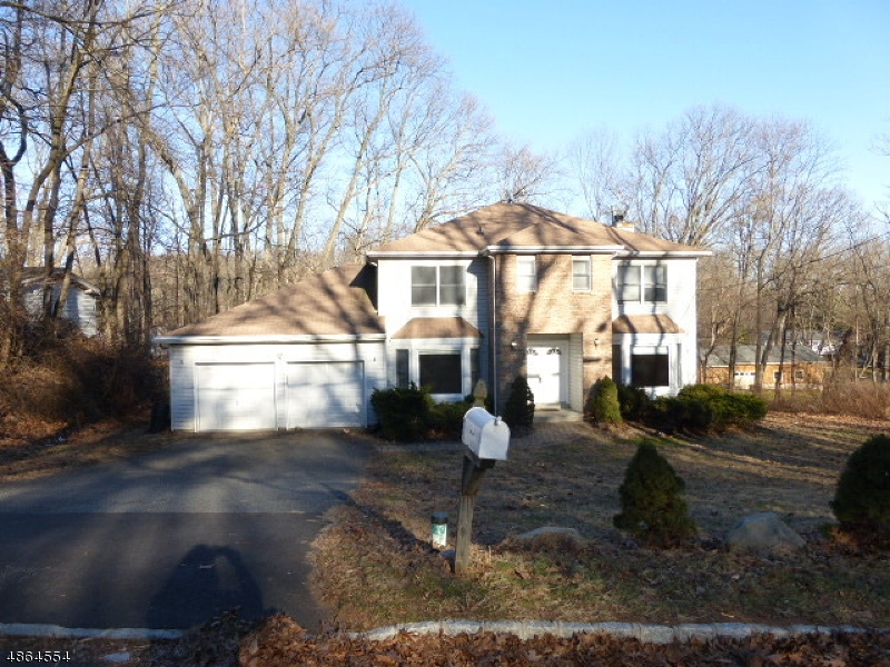 Single Family Home for Rent at 75 Moraine Road Parsippany, New Jersey 07950 United States