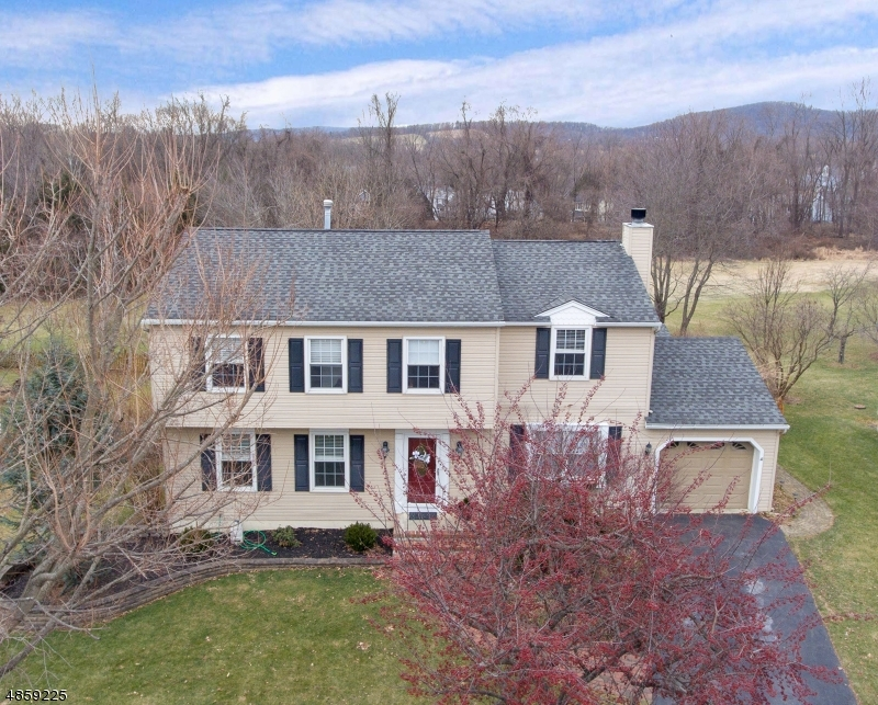 Single Family Home for Sale at 21 FAWN RUN Bloomsbury, New Jersey 08804 United States