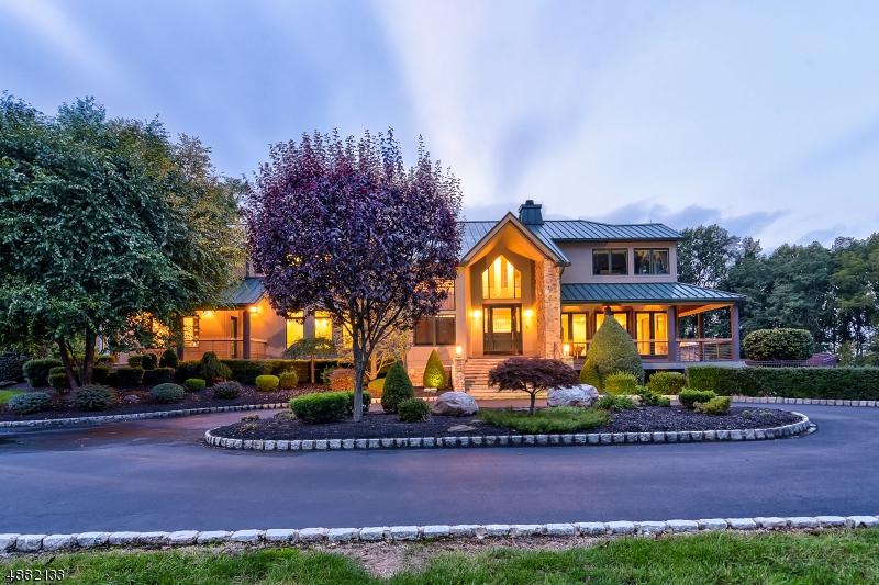 Single Family Homes للـ Sale في Holmdel, New Jersey 07733 United States