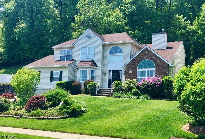 Single Family Homes für Verkauf beim Hawthorne, New Jersey 07506 Vereinigte Staaten