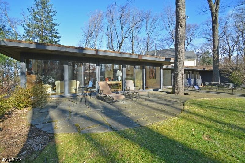 Single Family Homes für Verkauf beim Summit, New Jersey 07901 Vereinigte Staaten