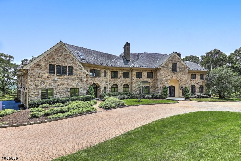 Single Family Homes for Sale at Mendham, New Jersey 07931 United States