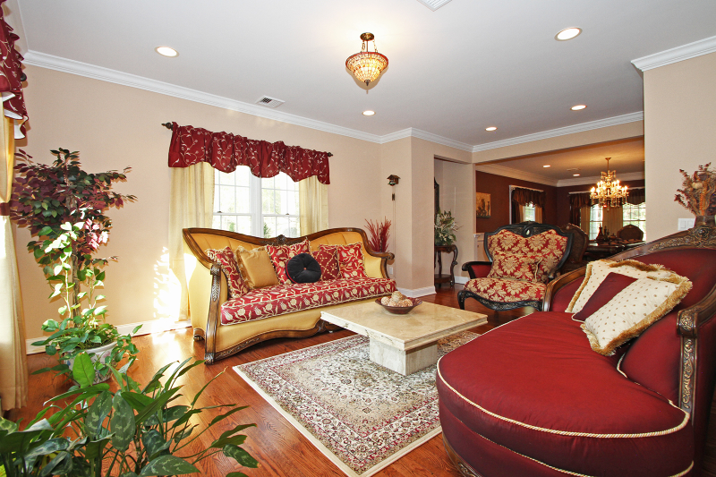 Additional photo for property listing at 8 Woodland Avenue  Caldwell, Nueva Jersey 07006 Estados Unidos