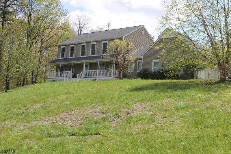 Casa Unifamiliar por un Venta en 54 Skyline Drive Sparta, Nueva Jersey 07871 Estados Unidos