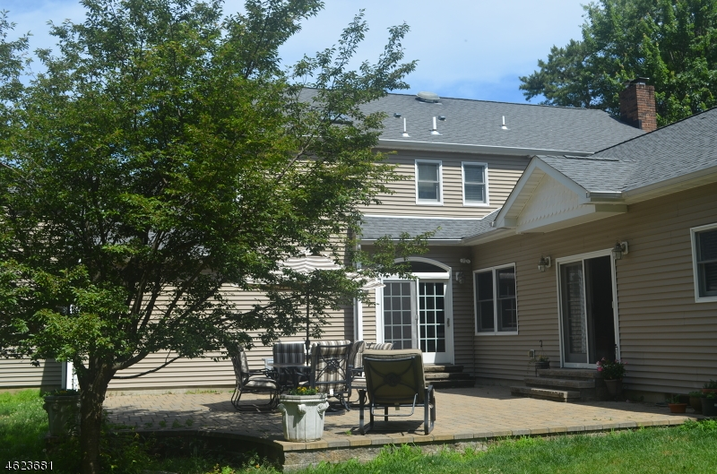 Additional photo for property listing at 54 Skyline Drive  Sparta, New Jersey 07871 États-Unis