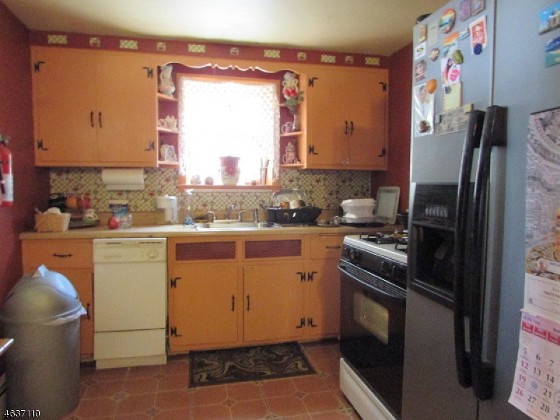 Additional photo for property listing at Address Not Available  South Plainfield, Nueva Jersey 07080 Estados Unidos