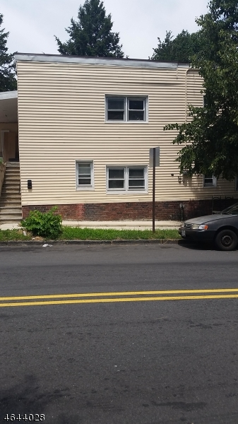 Additional photo for property listing at 129 N 4th Street  Paterson, Nueva Jersey 07522 Estados Unidos