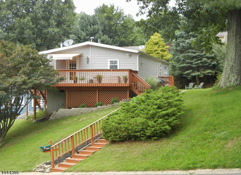 Additional photo for property listing at 5 Greenwich Drive  High Bridge, Нью-Джерси 08829 Соединенные Штаты