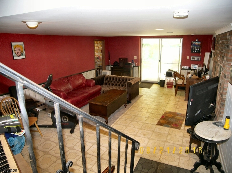 Additional photo for property listing at 251 Bearfort Road  West Milford, New Jersey 07480 United States