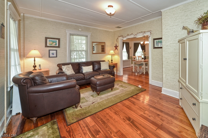 Additional photo for property listing at 49 Boonton Avenue  Butler, Нью-Джерси 07405 Соединенные Штаты