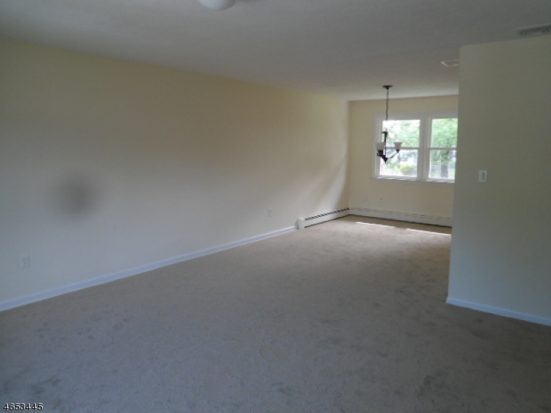 Additional photo for property listing at 428 Helfin Street  Bound Brook, New Jersey 08805 United States