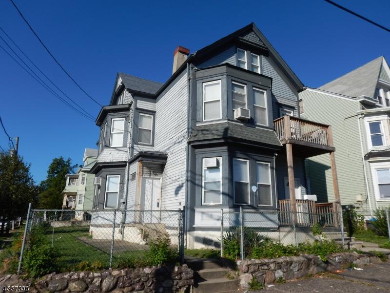 独户住宅 为 出租 在 99-101 HALEDON Avenue Paterson, 07522 美国