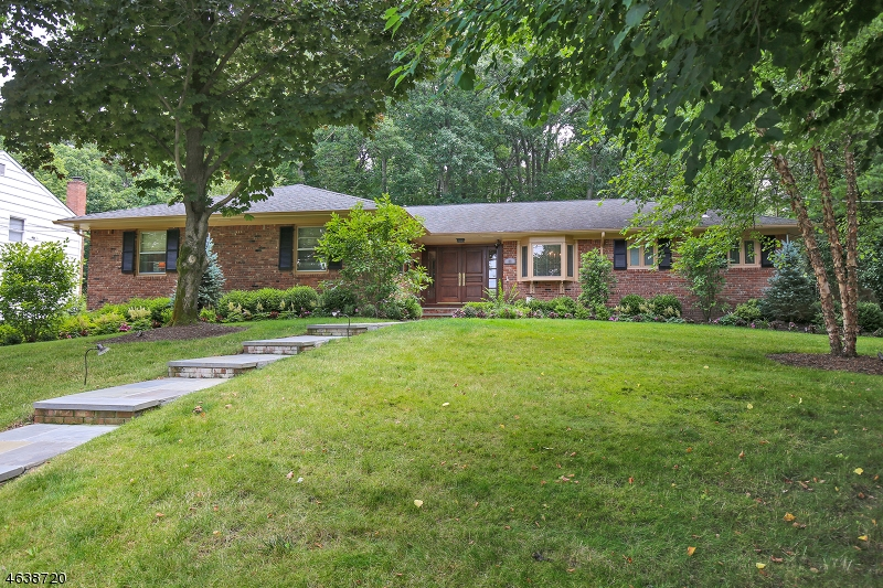 Additional photo for property listing at 80 Troy Drive  Short Hills, Nueva Jersey 07078 Estados Unidos
