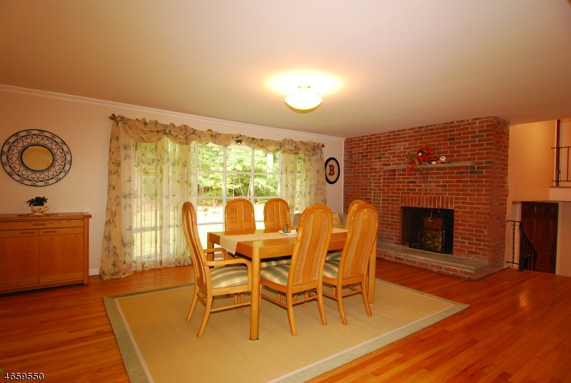 Additional photo for property listing at 82 Jacobs Road  Rockaway, New Jersey 07866 United States