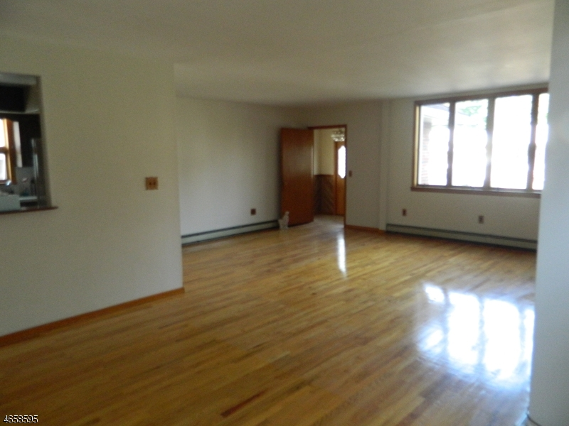 Additional photo for property listing at Address Not Available  Rutherford, Нью-Джерси 07070 Соединенные Штаты