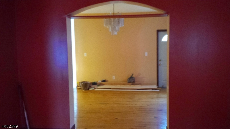 Additional photo for property listing at 352 Ridgewood Avenue  Newark, New Jersey 07112 United States