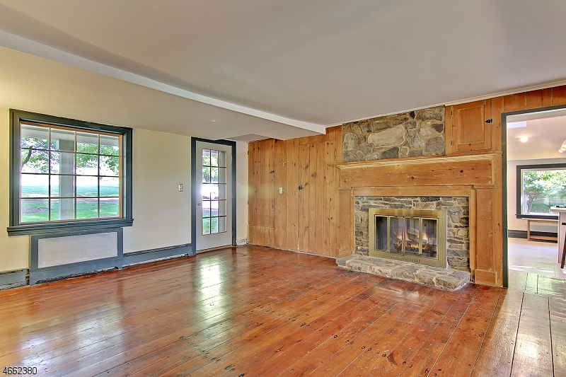 Additional photo for property listing at 190 Thatchers Hill Road  Flemington, Nueva Jersey 08822 Estados Unidos