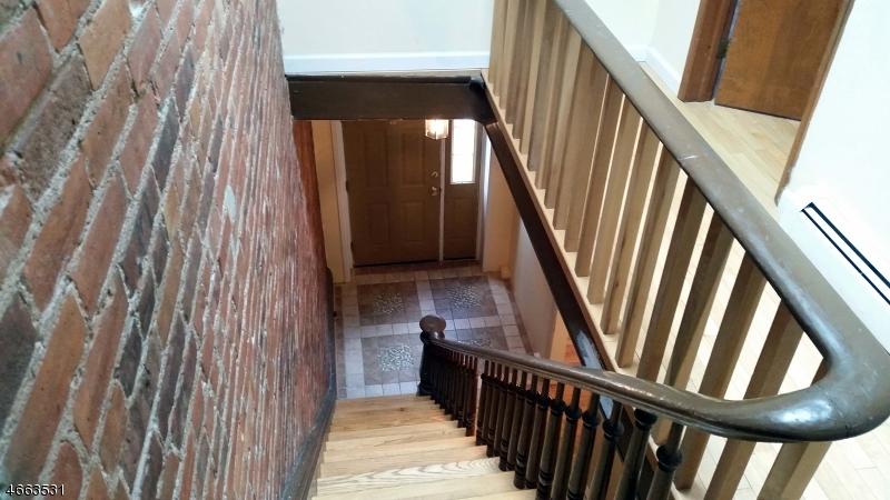 Additional photo for property listing at 54 Burnet Street  Newark, New Jersey 07102 États-Unis