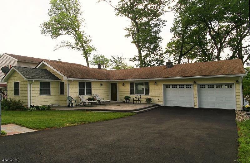 Частный односемейный дом для того Аренда на 11 WILLOW Street Mount Arlington, Нью-Джерси 07856 Соединенные Штаты