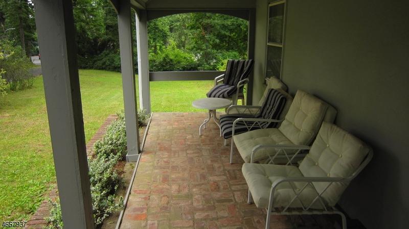 Частный односемейный дом для того Аренда на 114 Preston Drive Gillette, 07933 Соединенные Штаты