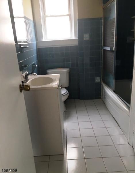 Additional photo for property listing at 159 Silleck Street  Clifton, Nueva Jersey 07013 Estados Unidos