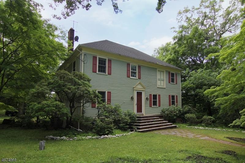Частный односемейный дом для того Аренда на 126 Oaks Road Millington, Нью-Джерси 07946 Соединенные Штаты