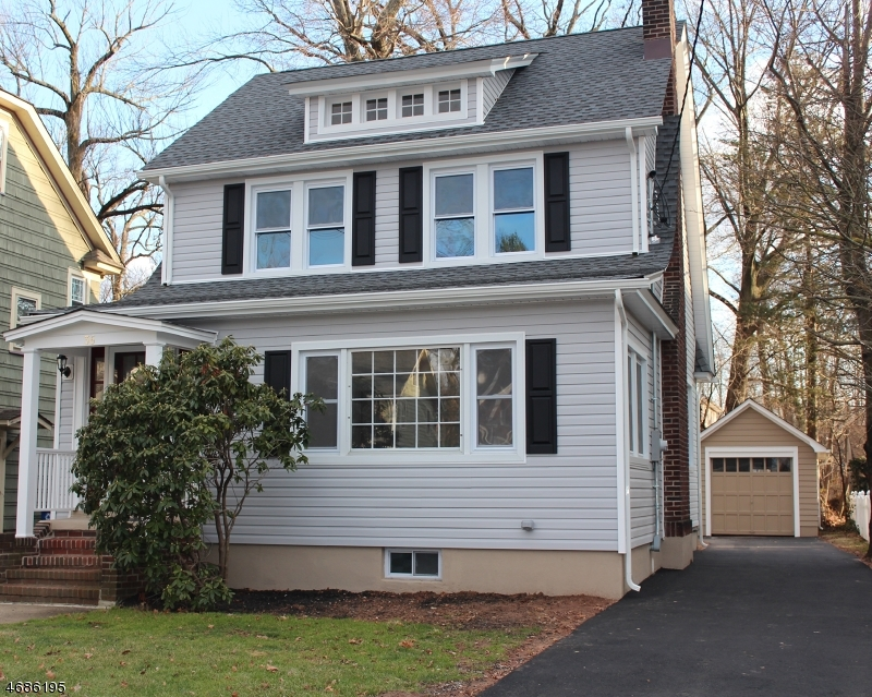 Single Family Home for Sale at 36 W Holly Street Cranford, New Jersey 07016 United States